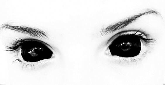 Black Eyed Kids Schwarze Augen