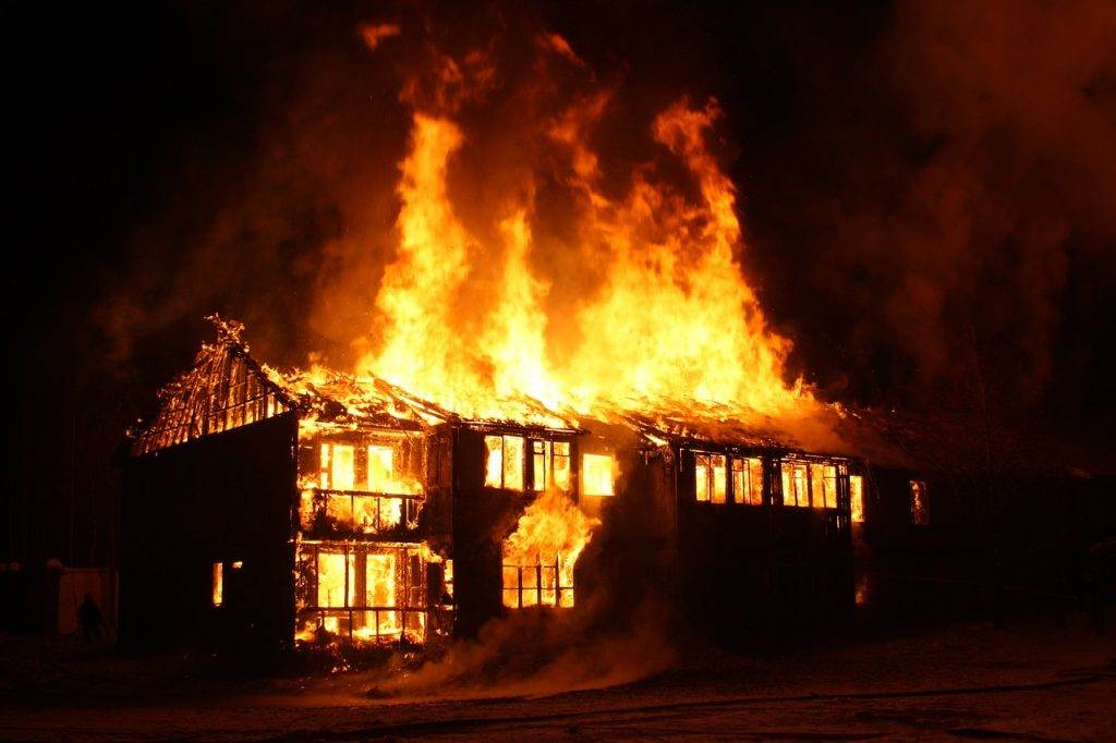 Silvesterunfälle Hausbrand