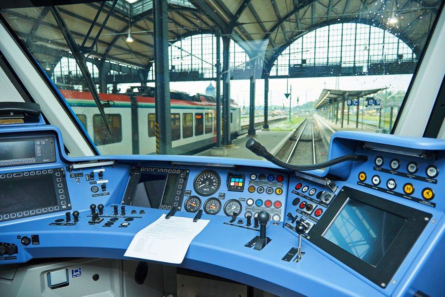 Alstom Coradia iLint Cockpit