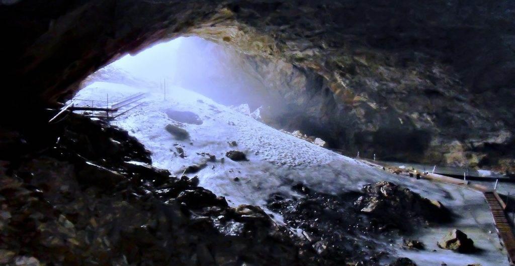 Untersberg Eingang Eishöhle